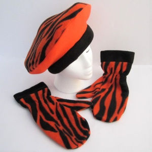 115c2975db399 Have Heart Daily Accessories - Hat Tam Beret Mitt Orange Black Bengal Tiger  NEW